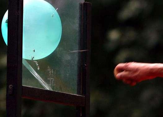 飞针穿玻璃:角度为王