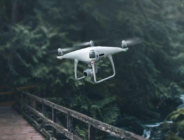 未来军用无人机作战模式会是怎样?